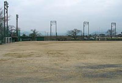 町営球技場